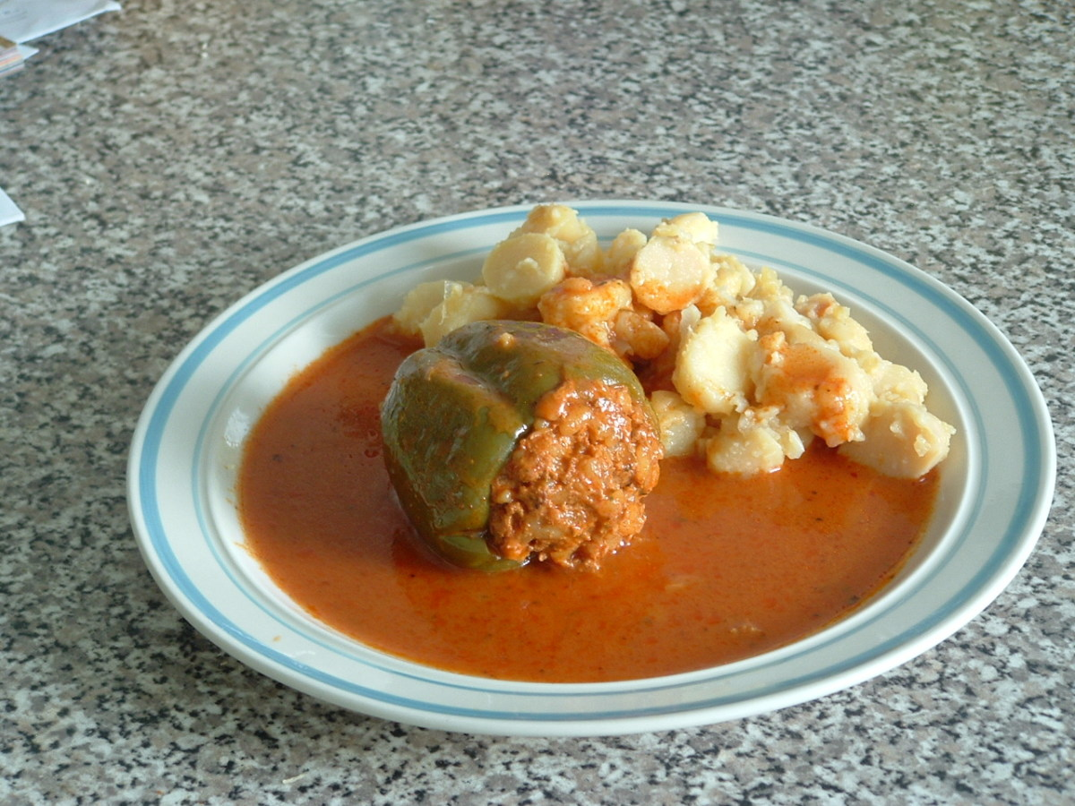 Toltott Zoldsegfelek (Stuffed Vegetables)