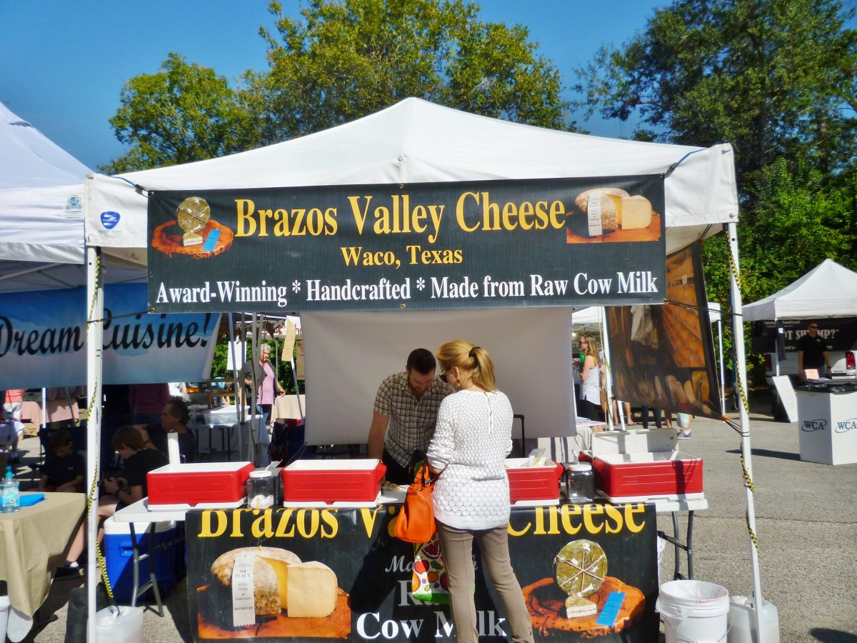 Brazos Valley Cheese Booth at Memorial Villages Farmers Market
