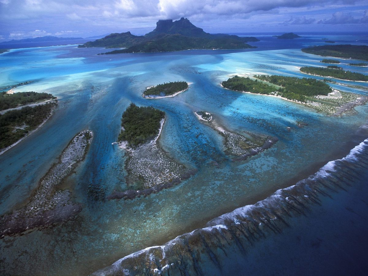 Bora Bora, French Polynesia - Top Vacation Destinations for the Summer