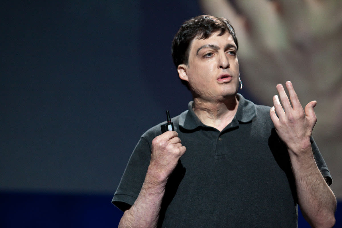Dan Ariely - Israeli American professor of psychology and behavioral economics and an IG Nobel Prize winner