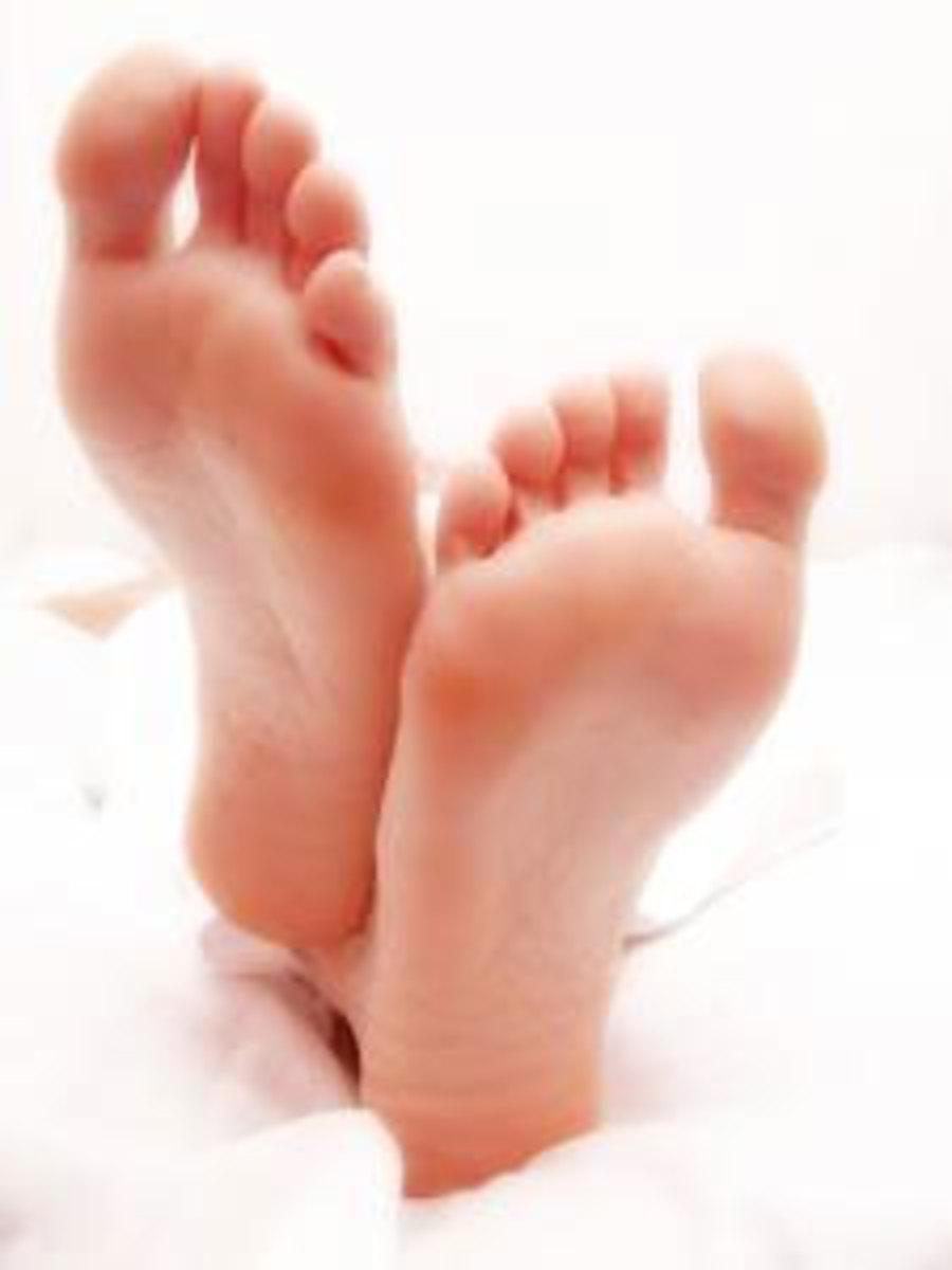 Clean looking feet as pet peeve