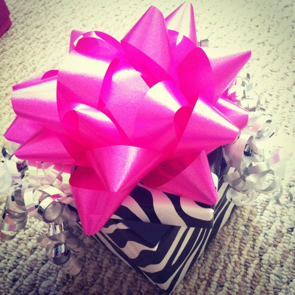 dollar-store-mothers-day-gift-basket-ideas