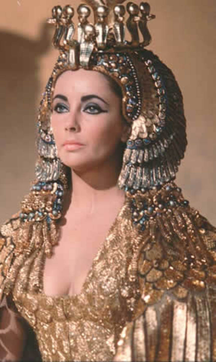 'Cleopatra, beautiful and powerful,used the rich indulgence of fashion, well to her advantage.