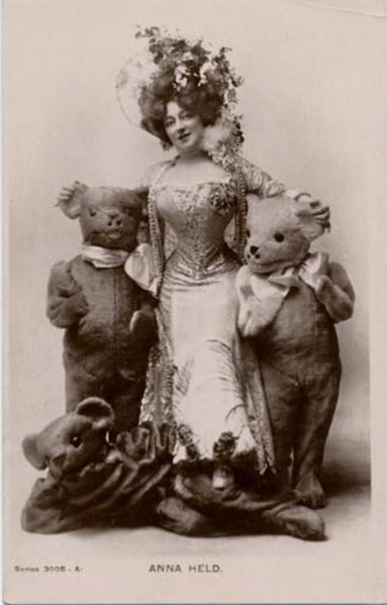 She sang with one of these behind her ''my little bear behind'