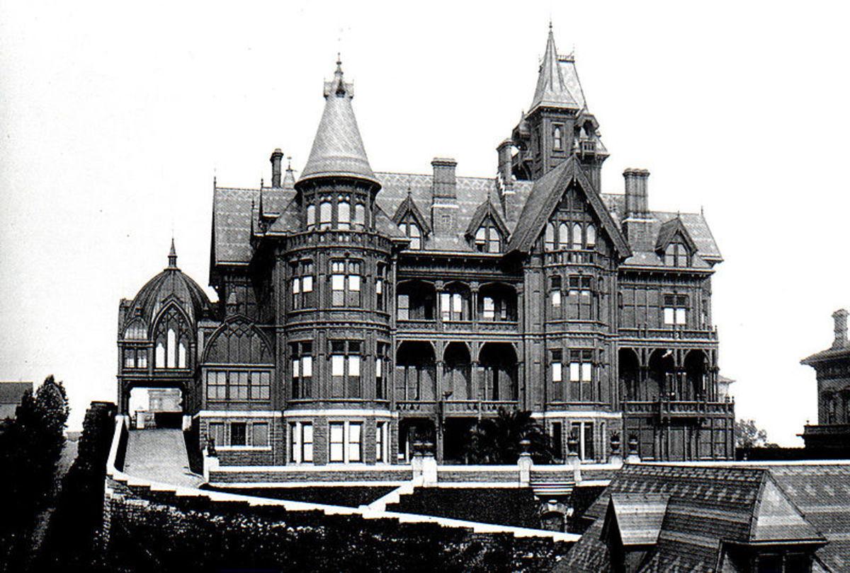 Mark Hopkins's mansion in Nob Hill.