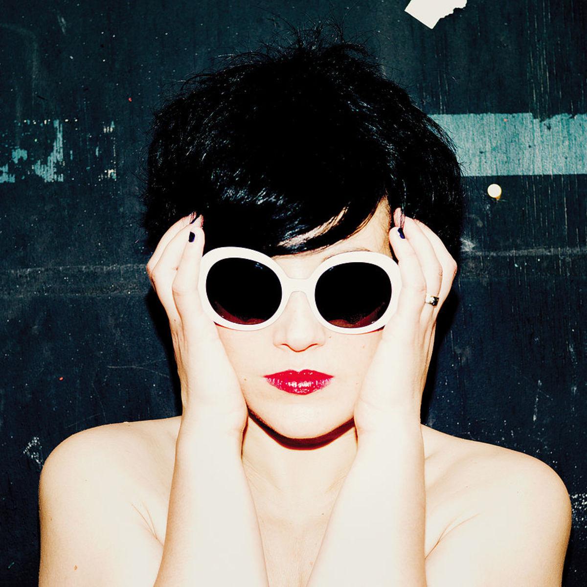 importance-of-wearing-sunglasses-eye-protection-designer-sunglasses
