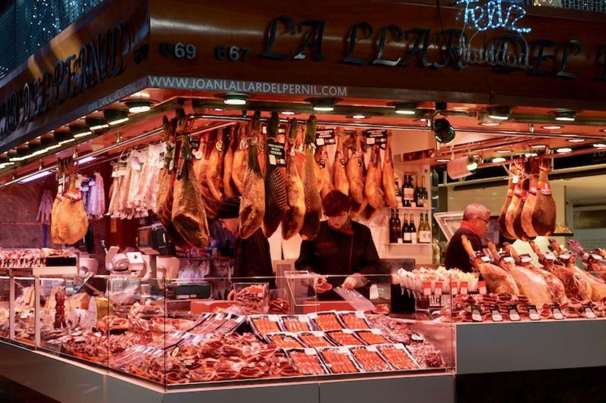 Jamon Stall in La Boqueria