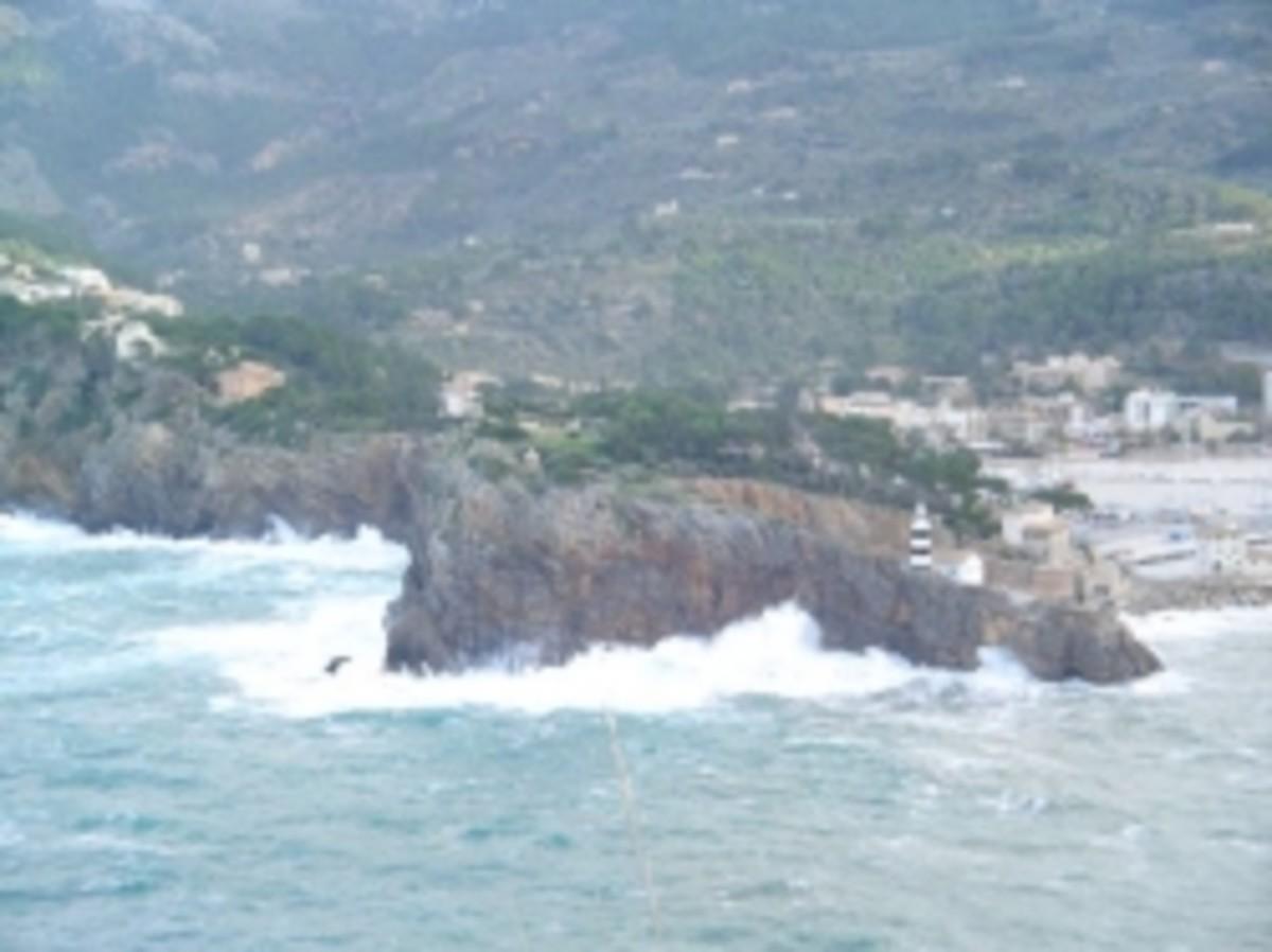 Rough sea in Soller