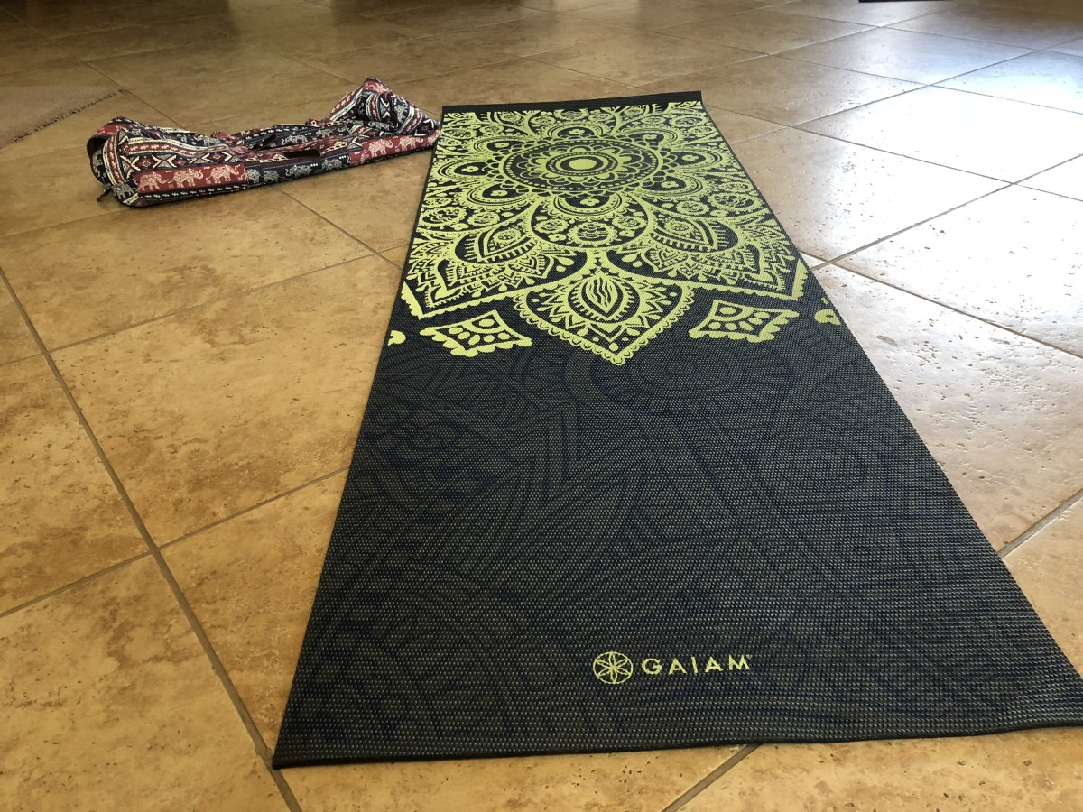 My favorite yoga mat & carrying bag