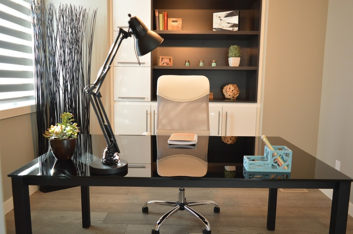 A a desk with a solid surface and plenty of space makes for a functional office.