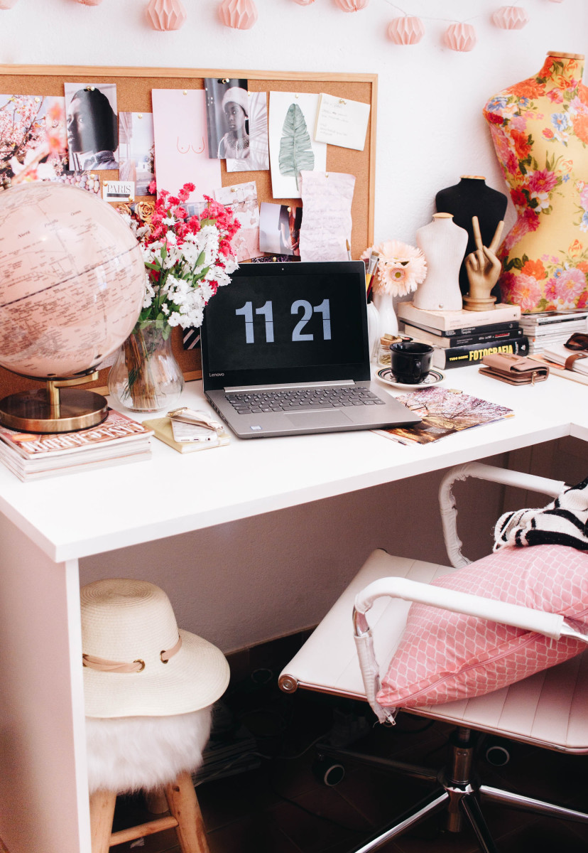 Choose a soft pastel palette for a feminine home office.