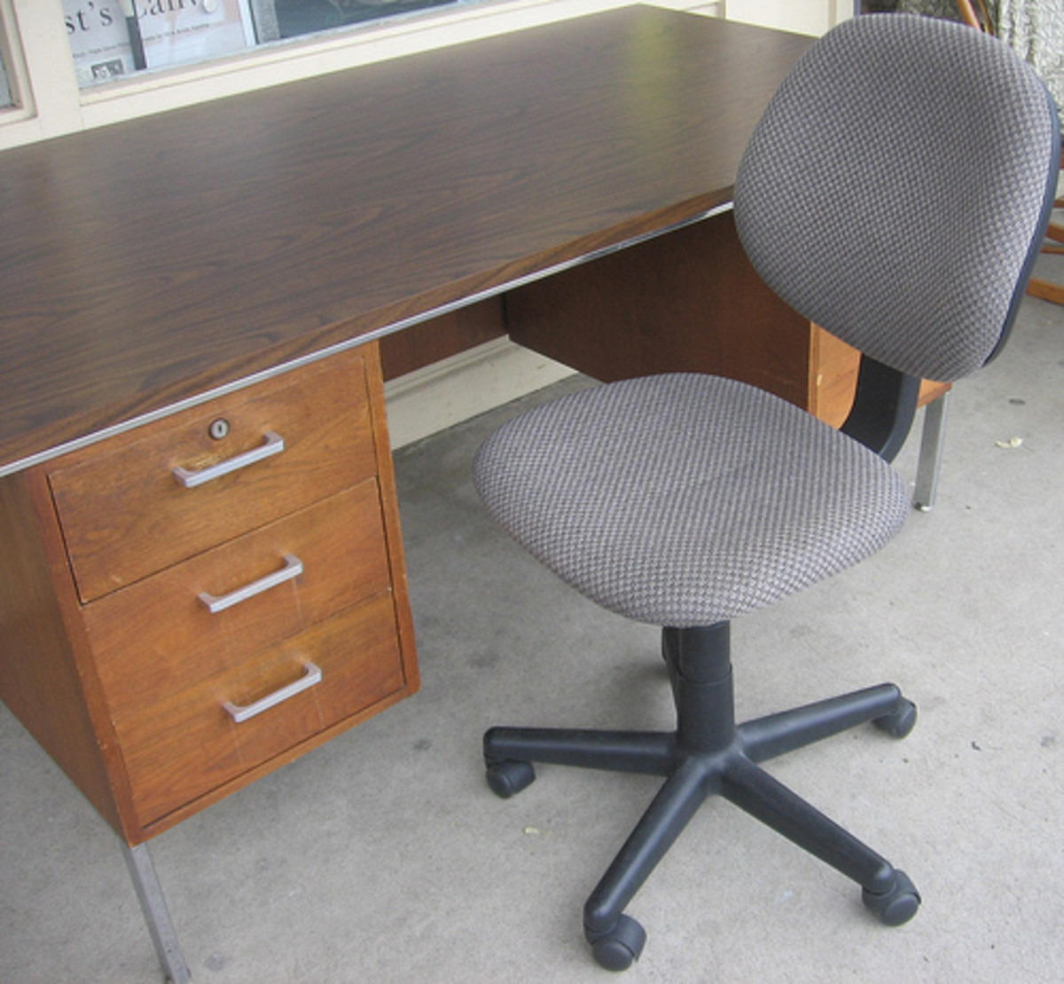 Don't overlook used furniture to save $$ in your home office.