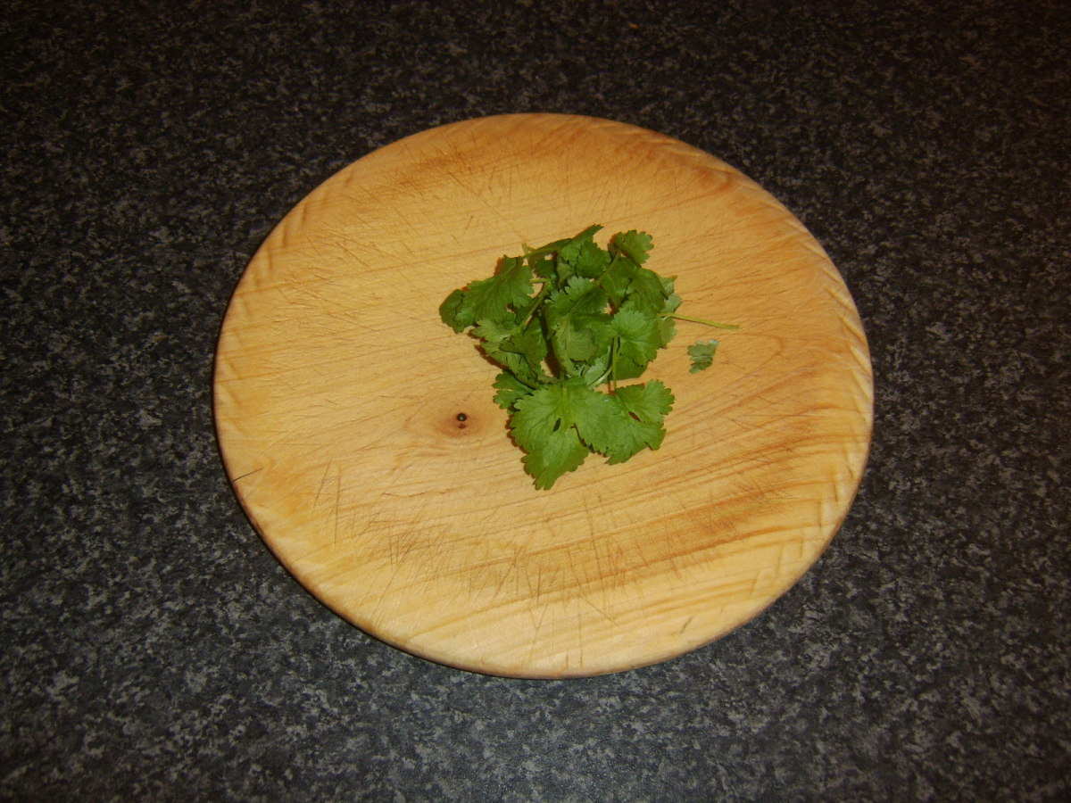 Fresh coriander/cilantro for garnishing fish curry
