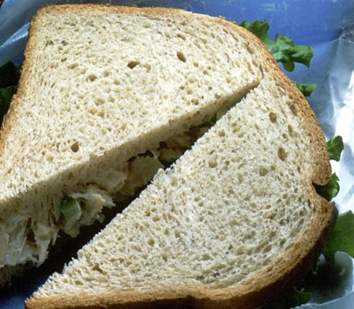 """Tuna"" salad sandwich with tempeh"