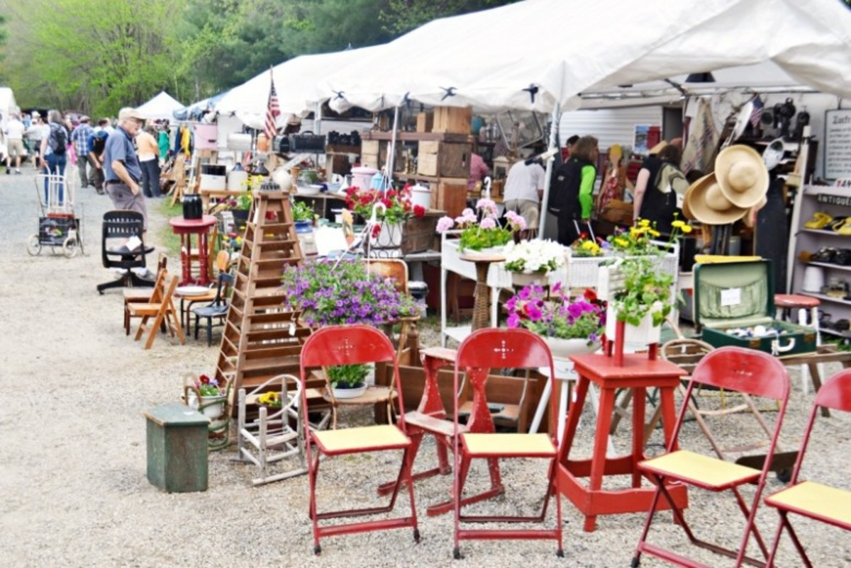 At the Brimfield Antique Fair, parking is scarce, and you'll want to park next to the show grounds so you don't have to drag your finds miles to your car later.