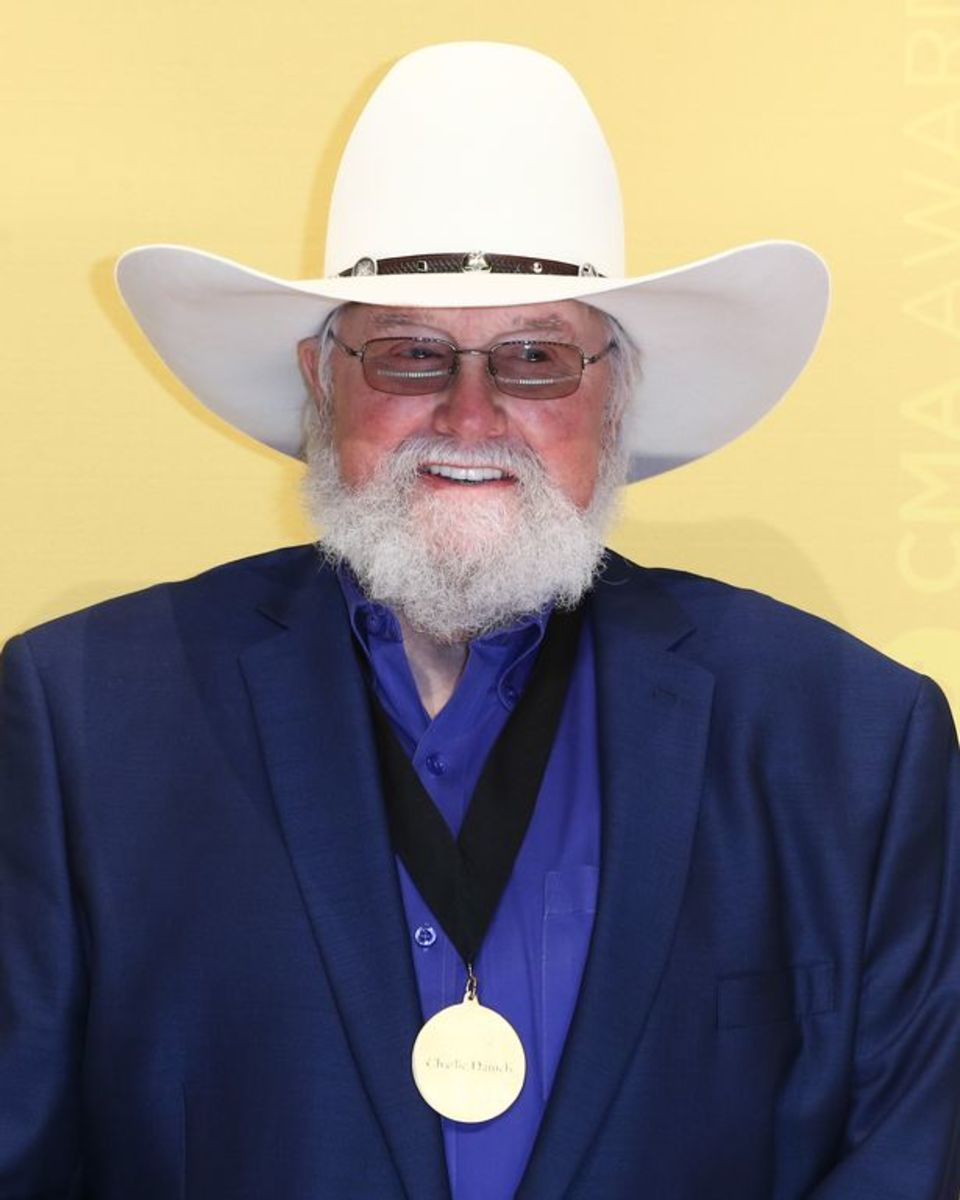 Charlie Daniels with CMA Award