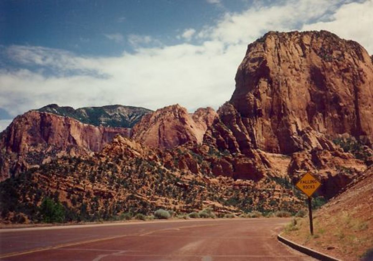 Driving through Kolob Canyons