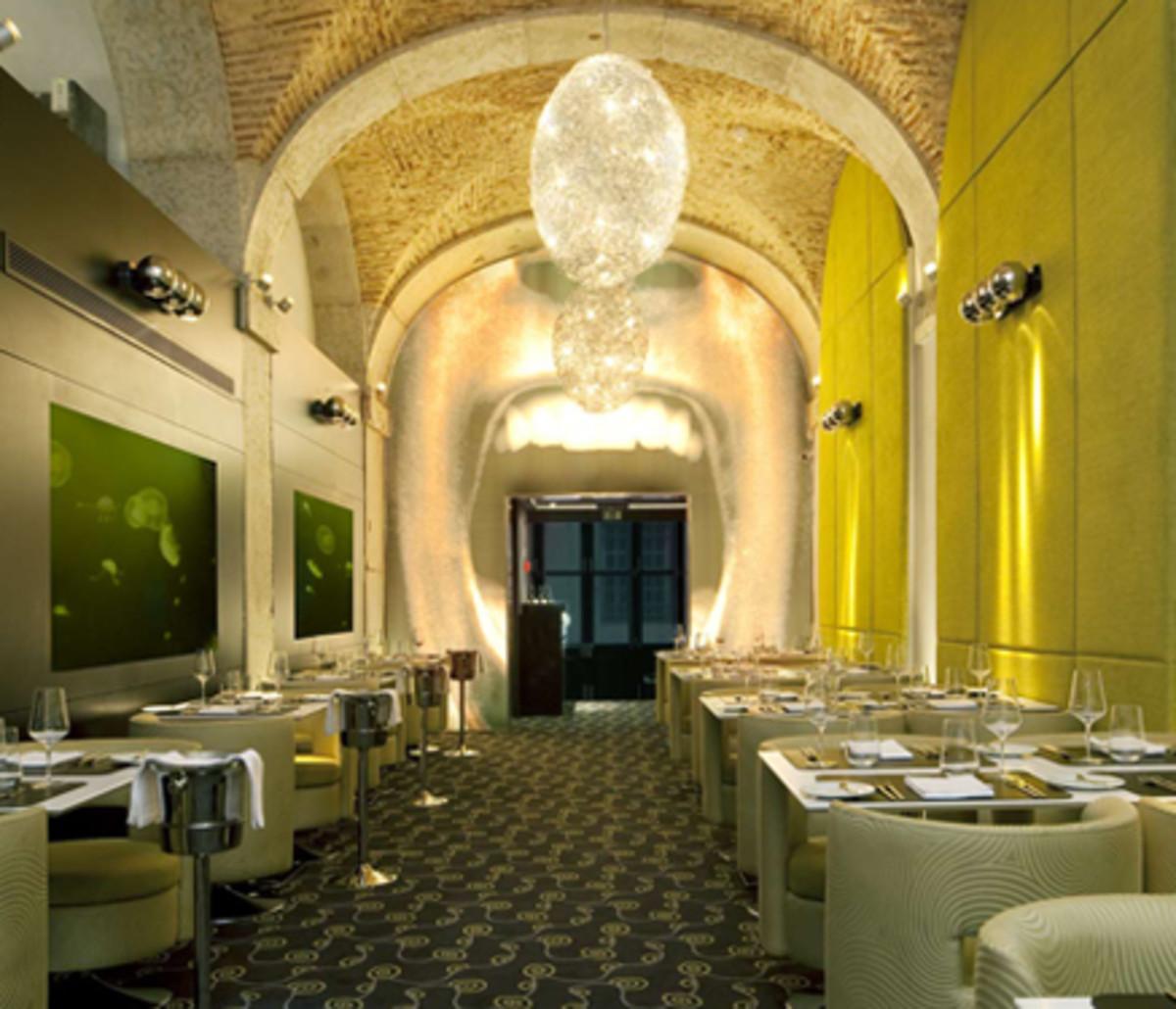 Largo Restaurant