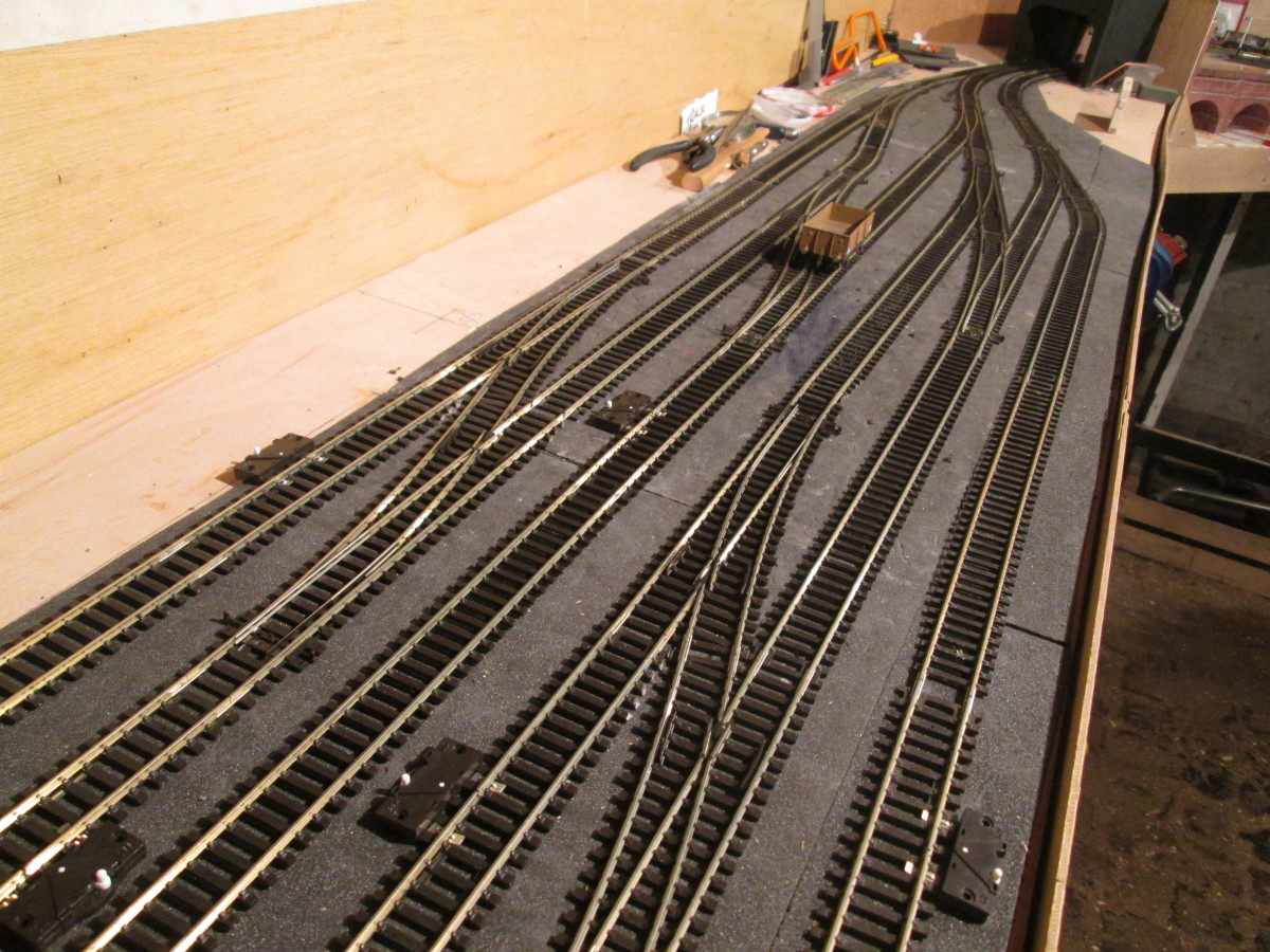 The fiddleyard, Unit 7, final layout. The last few short sections of track were slotted in during the week ending 7/3/21 - which means ballasting can start from Unit 1 (at last)!