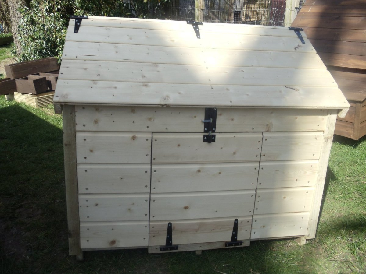 one easy care duck coop