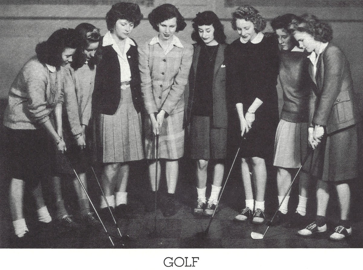Girl's golf team at Whitefish Bay High School