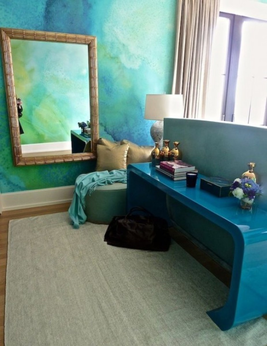 DIY painted ombré wall for the decor idea!