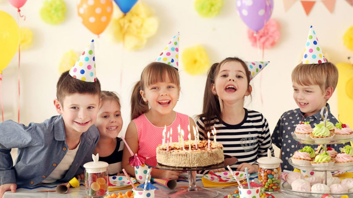 How to Throw a Birthday Party for Your Son