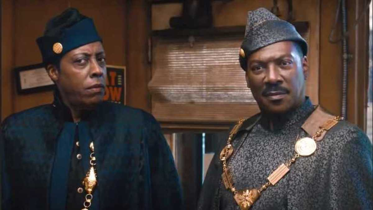 It was at least nice to see Arsenio and Eddie back together again.