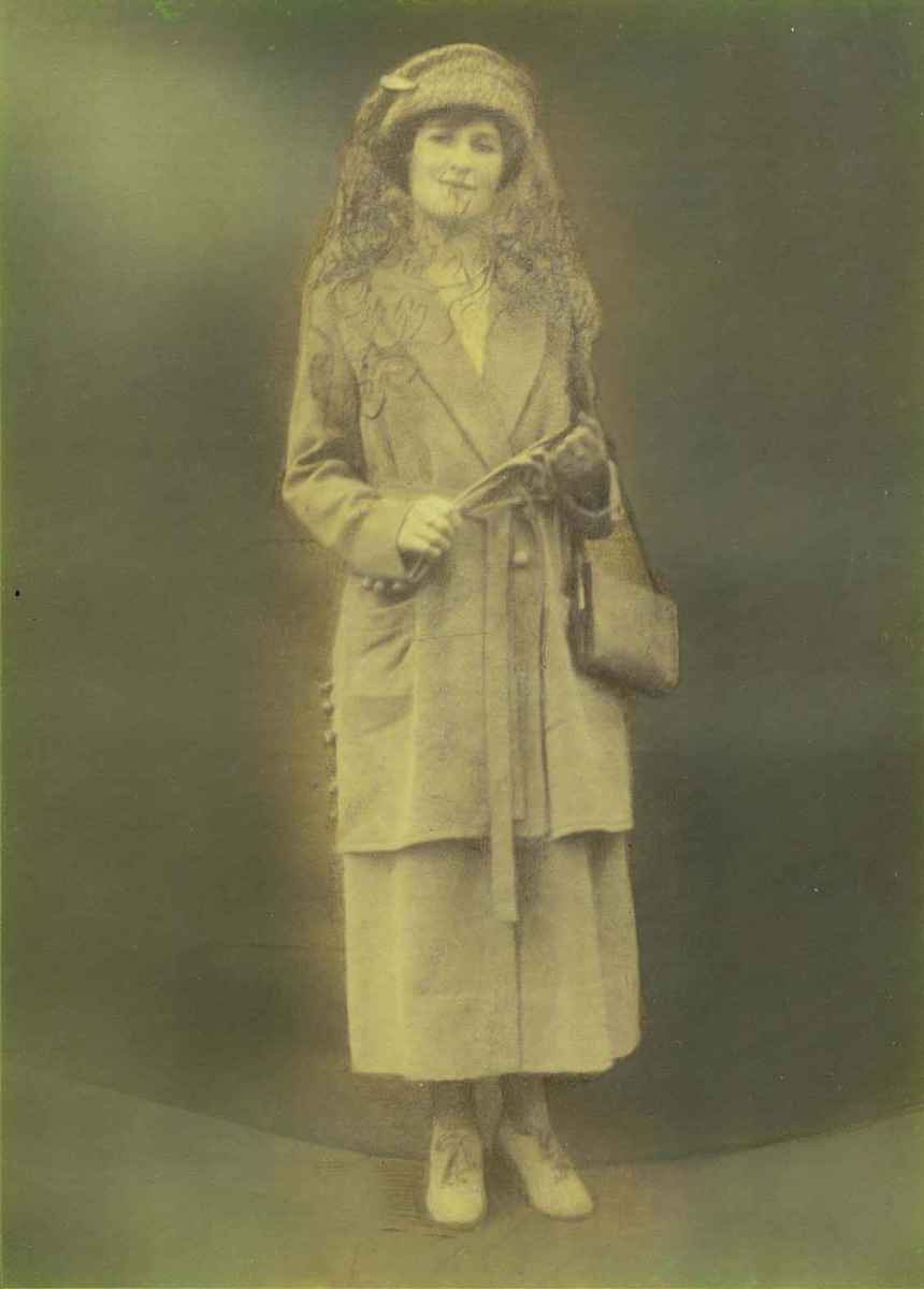My great grandmother - Beatrice Mabel Hodgson - wife of Reginald Trevor.