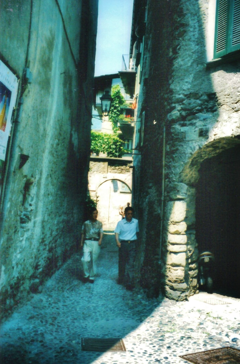 Walking the narrow winding streets towards the Marsetti Winery.