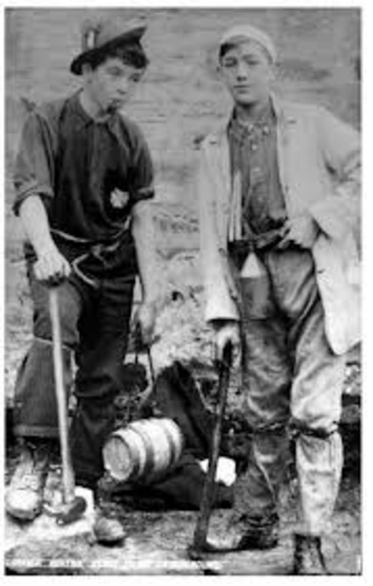 gold-in-michigans-upper-peninsula-boy-gold-miner