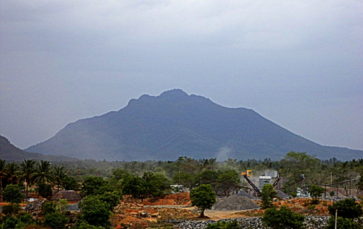 Theerthamalai as seen from Harur
