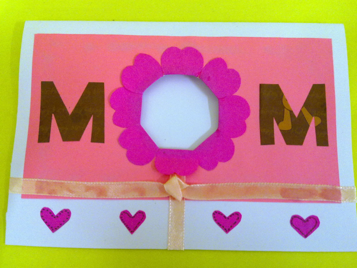 Write a Mother's day quote or poem on your Mother's Day card