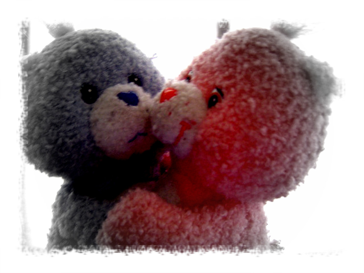 A beary romantic dance between Thanks and Givens.