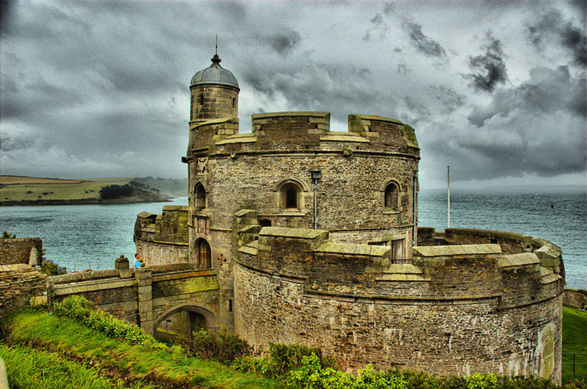 Castles of Cornwall: St Mawes Castle, Built by King Henry VIII.      CC BY 3.0