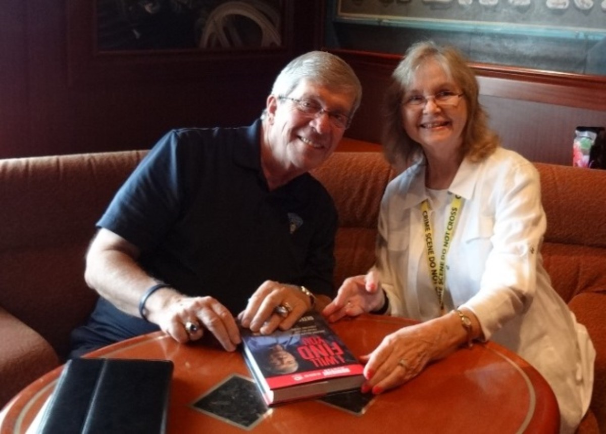 Lt. Kenda autographing his book