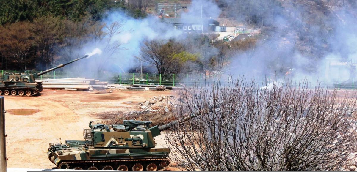 K9 Thunder howitzers firing