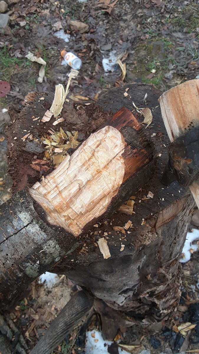 roughing-out-spoon-blanks-with-a-hatchet