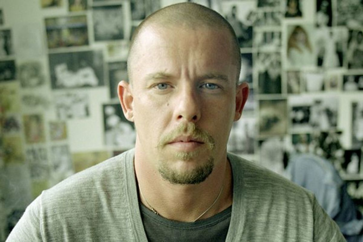 Alexander McQueen Top Fashion Designers