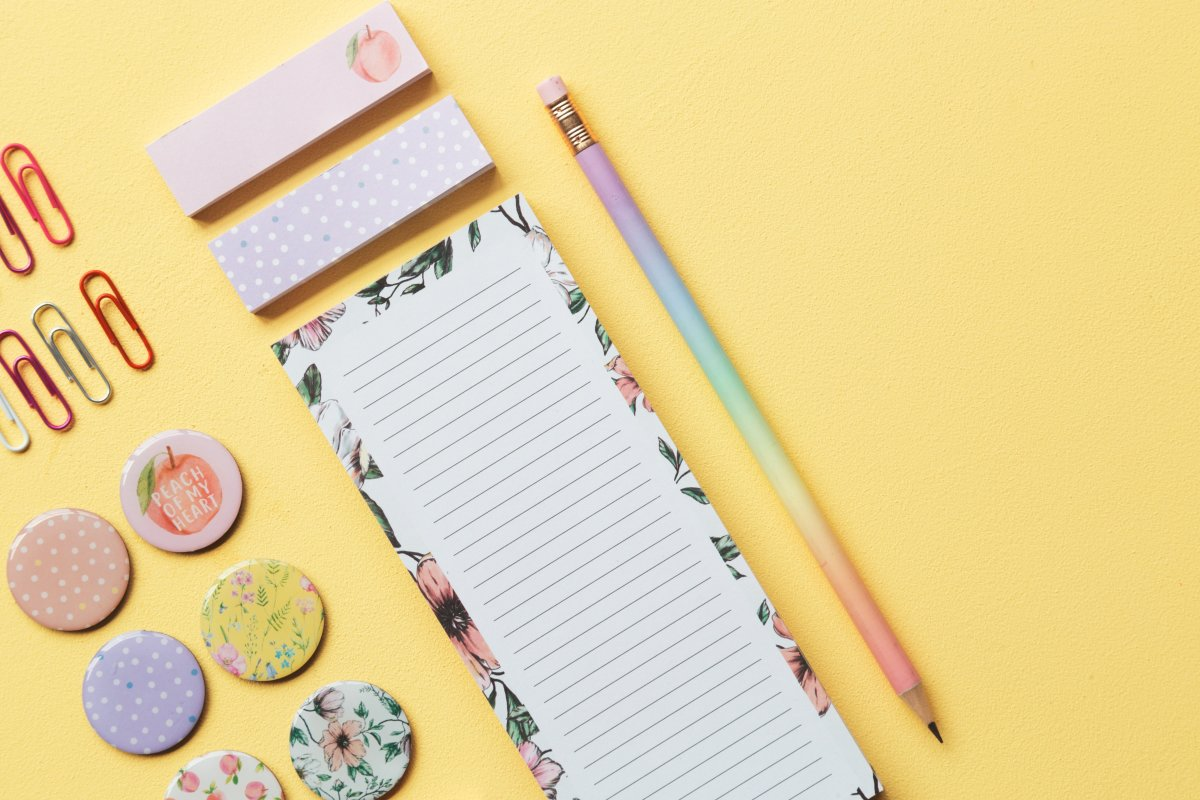 The pastel sticky notes would look great in any bullet journal!