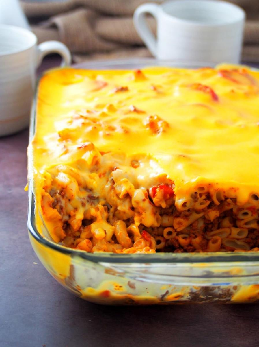 baked-macaroni-and-pizza
