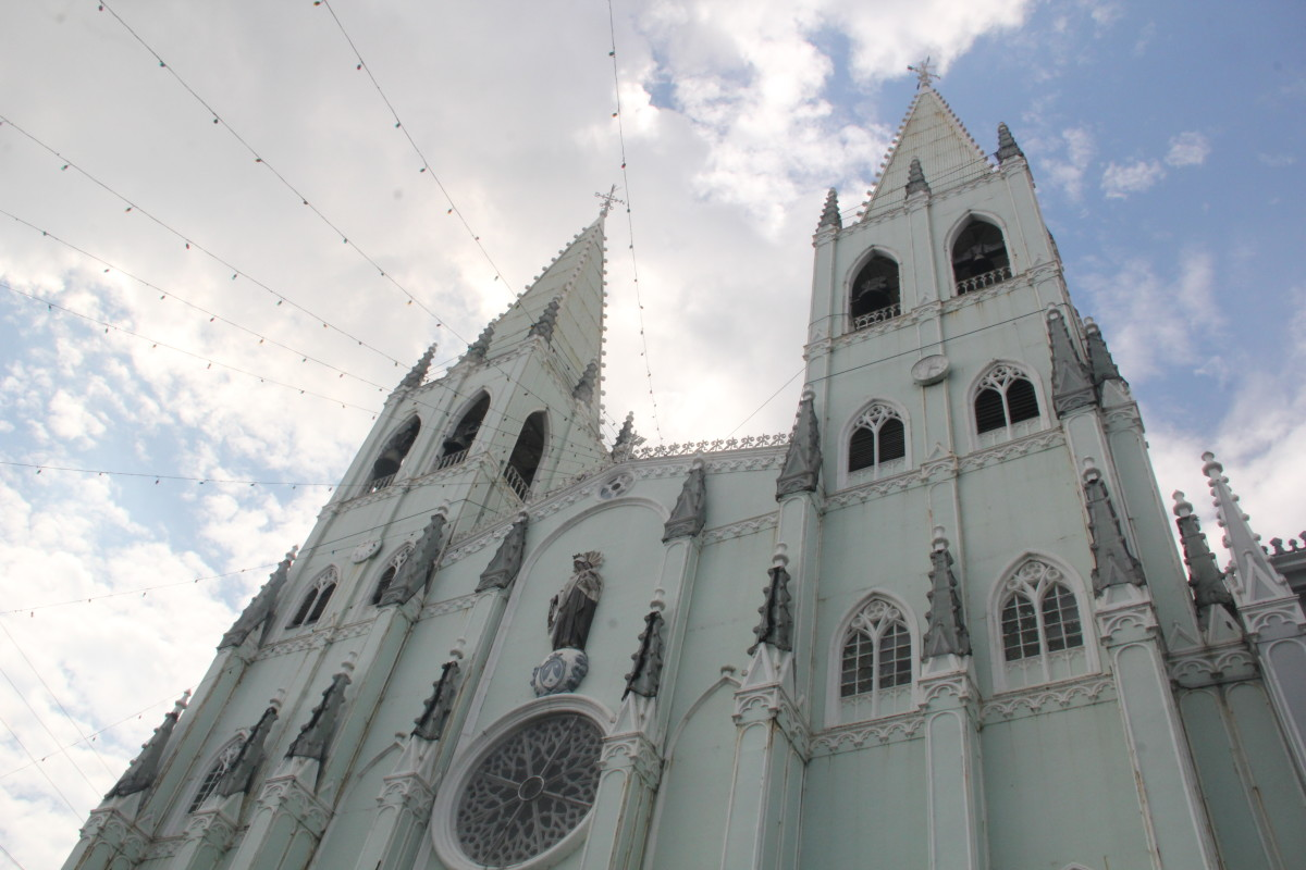 San Sebastian Church: Gothic Architecture