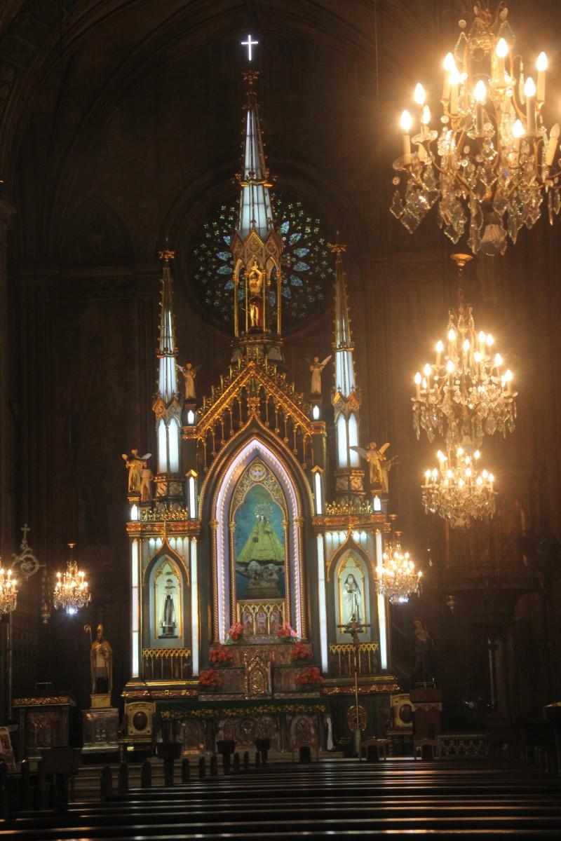 Altar section of San Sebastian Church (Photo by the author)