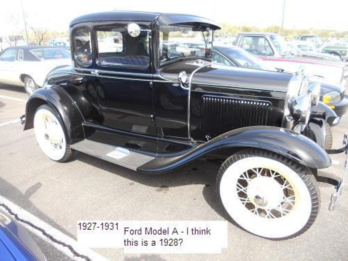-arizona-classic-vintage-cars-for-sale-attract-huge-crowds