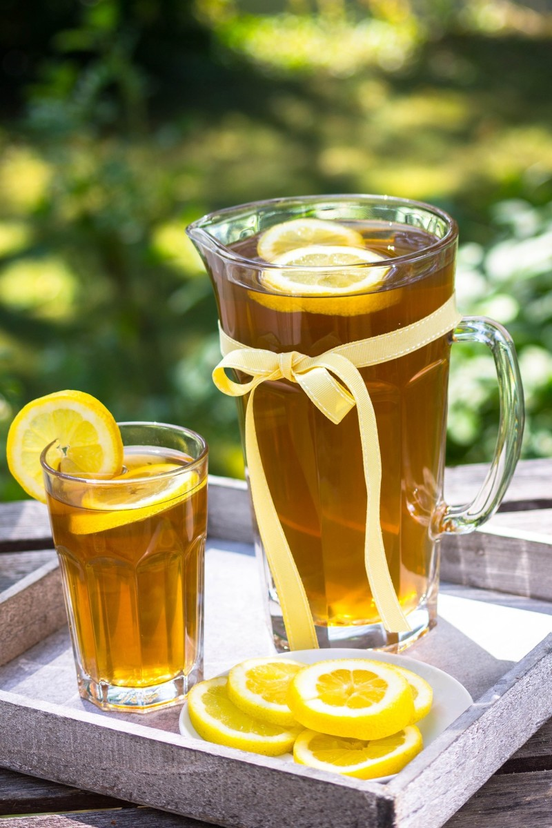 Lemon with iced tea