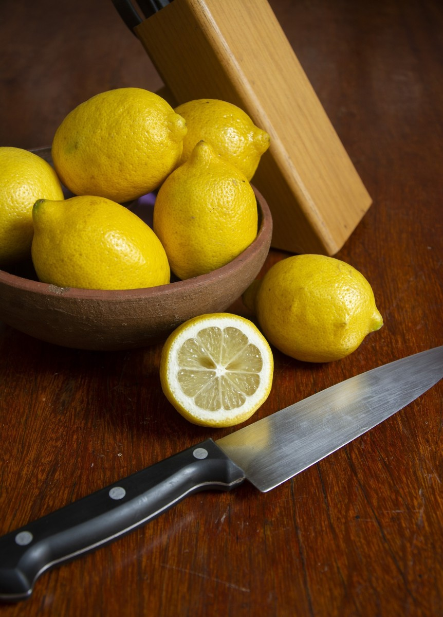 9 Benefits for You to Know by Consuming Lemon Every Day