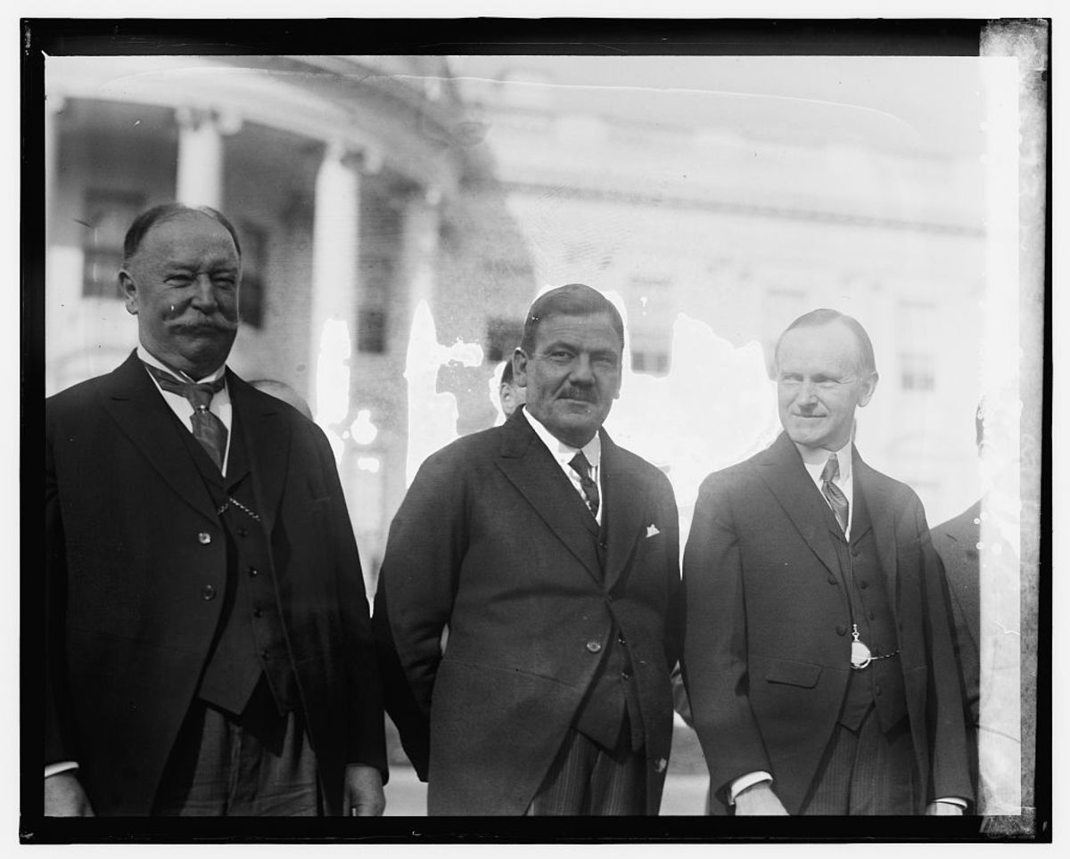 FORMER AMERICAN PRESIDENT WILLIAM HOWARD TAFT; PRESIDENT OF MEXICO PLUTARCO ELIAS CALLES; PRESIDENT OF THE UNITED STATES CALVIN COOLIDGE