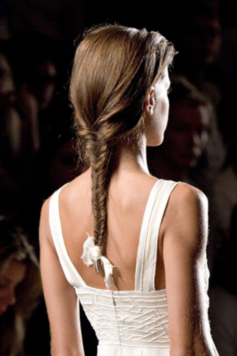 The English braid is the most common type of braid