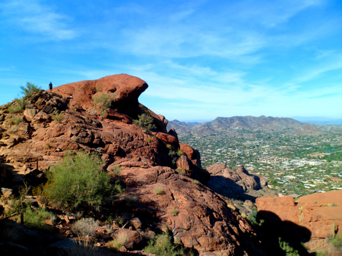 Ultimate Urban Hiking Experience - Camelback Mountain, Phoenix AZ