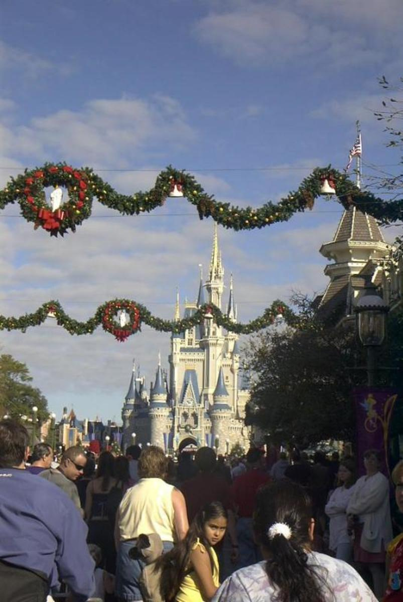 Where are the best places to go visit during christmas for Best places to visit during christmas